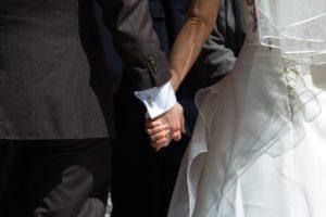 人が結婚したいと思う時